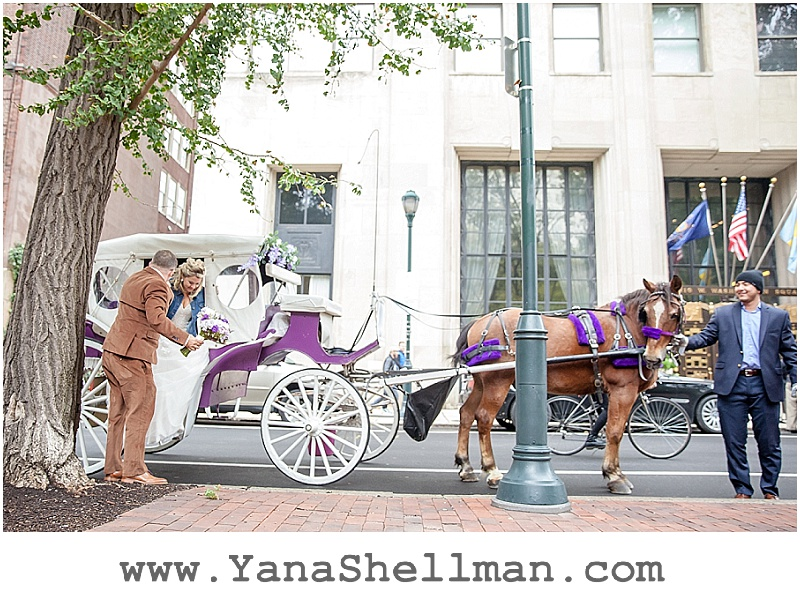 horse carriage at Talula's Garden wedding by Philadelphia wedding photographer
