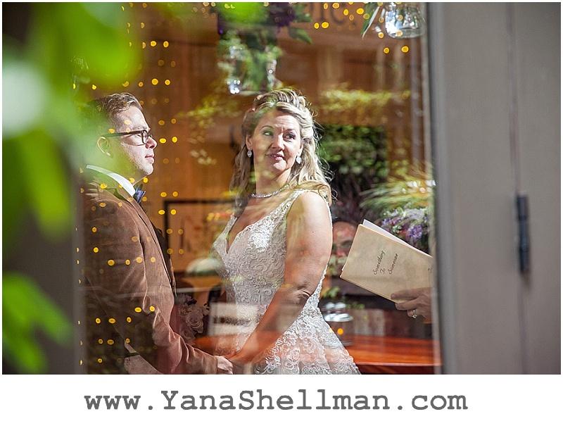 Talula's Garden wedding by Philadelphia wedding photographer